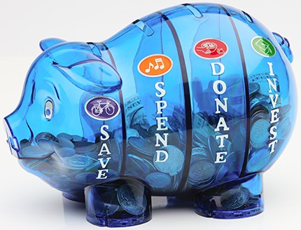 Large piggy bank with 4 separate chambers, slots and exits (hufs)